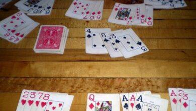 Photo of Jednoduché pravidlá kartovej hry skladaný a americký žolík