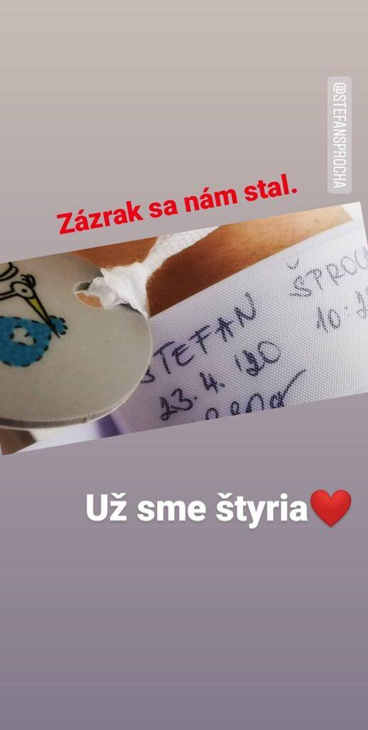 Andrea Šprochová - Zázrak sa nám stal. Už sme štyria - Instagram.com