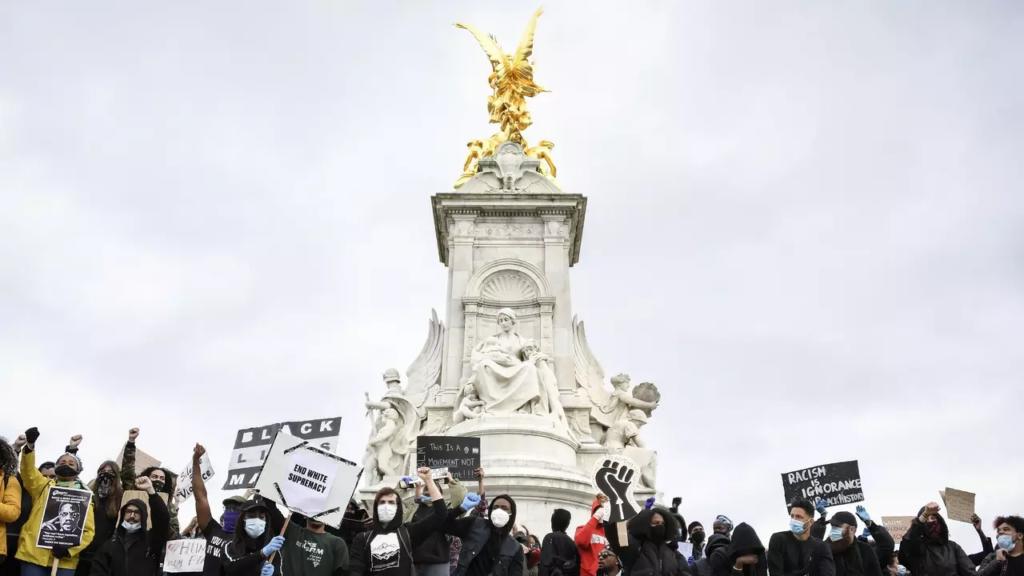 Demonštrácia v Londýne - Georg Floyd