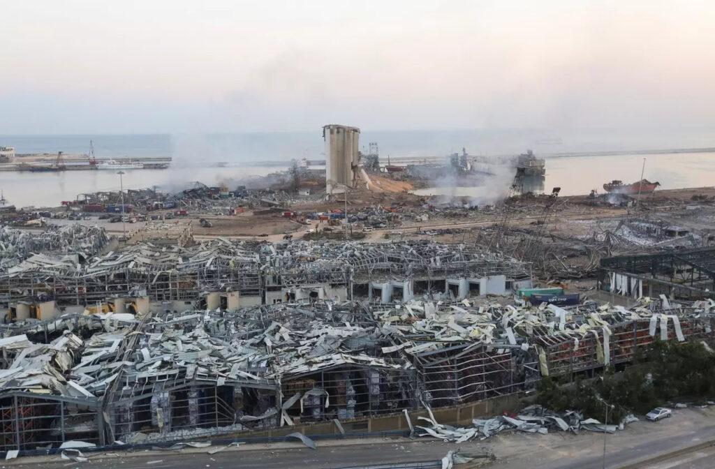 Zničený bejrútsky prístav, Foto: Aziz Taher, Reuters