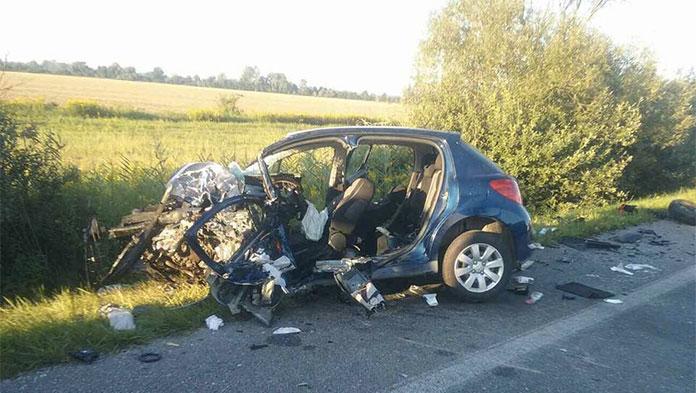 Dopravná nehoda Čáry, Foto: HaZZ