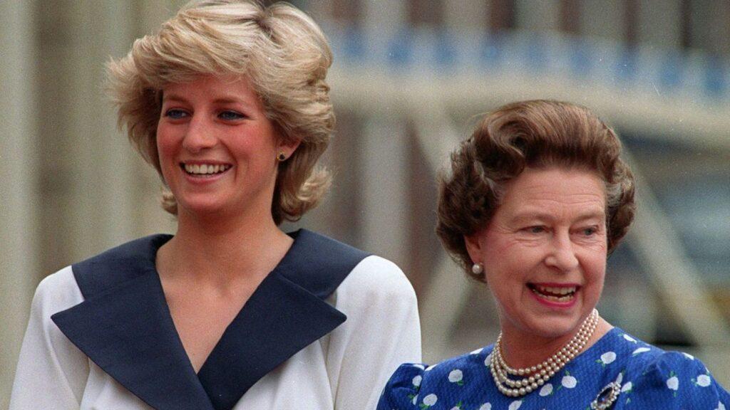 Kráľovná Alžbeta II. s princeznou Dianou, Zdroj: ČTK