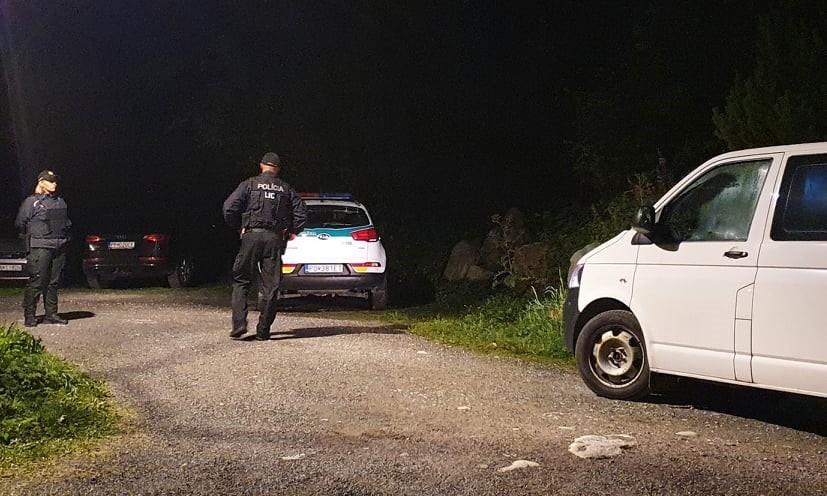 Polícia prehľadáva okolie na Štrbskom Plese