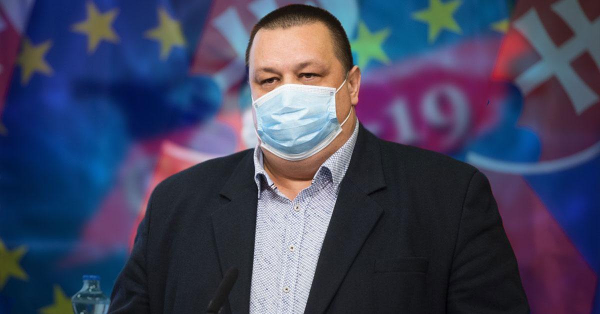 Hlavný hygienik Ján Mikas v karanténe