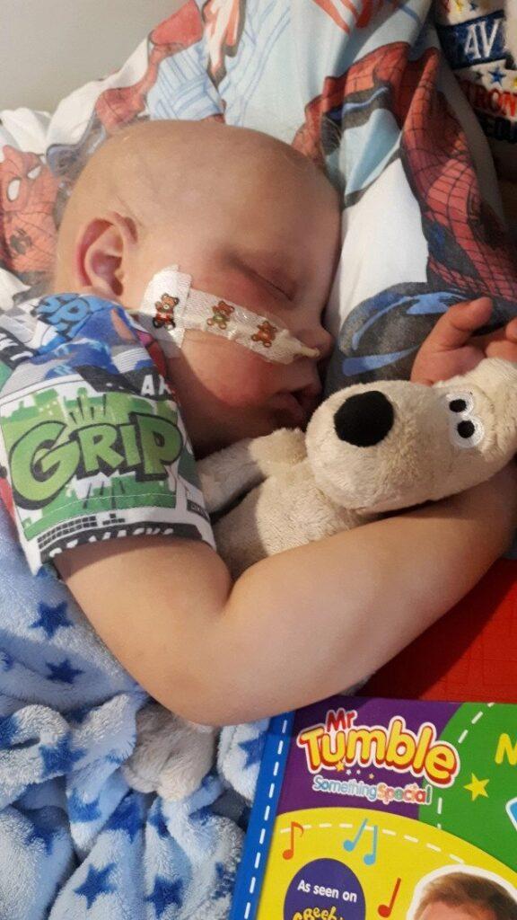 Malý Josh bojuje s chorobou