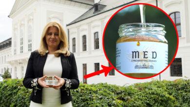 Prezidentka Zuzana Čaputová prezentuje med z Prezidentskej záhrady