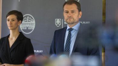 Photo of MATOVIČ ODKAZUJE VEREJNOSTI: Preberám vedenie do vlastných rúk