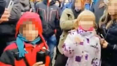 Photo of Polícia už identifikovala mužov a deti z demonštrácie v Bratislave