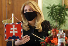 Photo of Nebude možné otestovať celé Slovensko. Preto PREZIDENTKA Čaputová odkazuje VLÁDE.