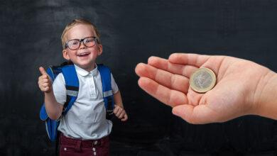 Photo of RODIČIA už viete O KOĽKO v roku 2021 vzrastie prídavok na dieťa i rodičovský príspevok?
