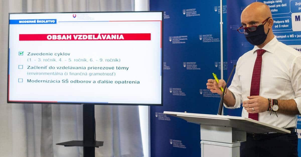 Zmeny ministra školstva Gröhlinga